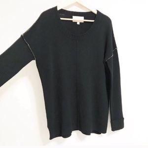 Brochu walker. Cashmere black pullover.